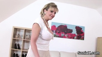 Mature bbw blonde Claudia Marie exposing her enormously big tits  447740